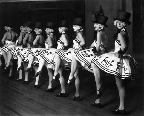 ladiesdancing